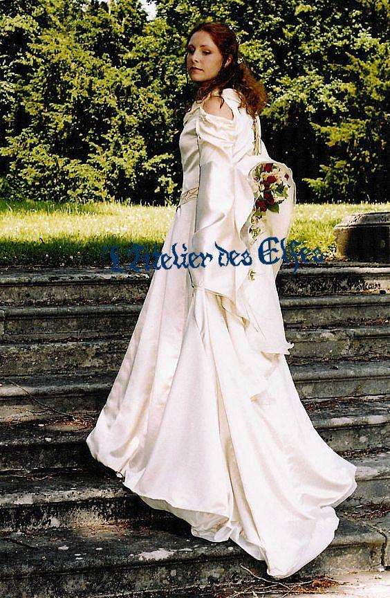 la robe de mari e elfique de dame morgan l 39 atelier des